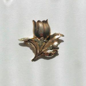 Vintage Rose Gold colored brooch